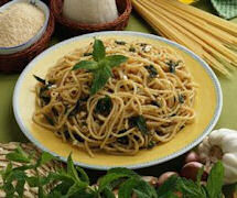 Spaghetti ai 5 cereali alla ricotta e menta